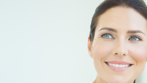 ¿Cuáles son los signos del envejecimiento  en el rostro y cómo combatirlos?