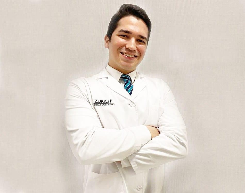 Dr Luís Parejo, médico estético de Clínicas Zúrich Valencia
